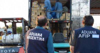 Paritarias: aduaneros acordaron 20%, suma fija y cláusula gatillo