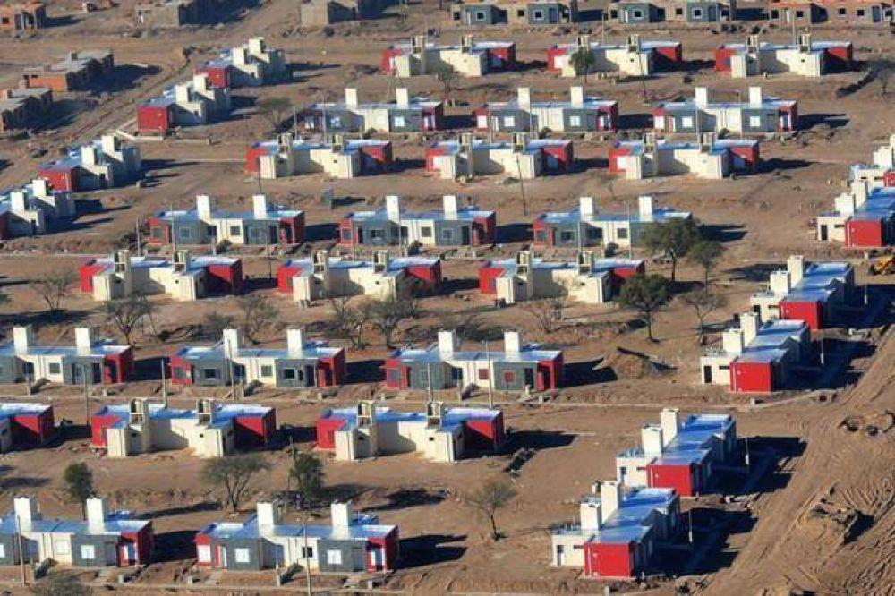 """No hay planes para construir 1.500 viviendas en La Punta: """"El Presidente se equivocó"""""""