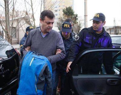 El contador de los Kirchner apeló la detención y pidió investigar al juez Bonadio