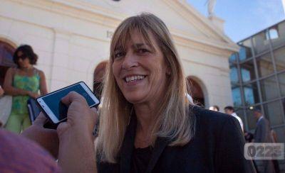 Sin reemplazante de Baragiola, Silvana Rojas tiene la firma de Desarrollo Social