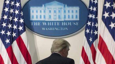 El reino del caos: una crisis tras otra en los primeros seis meses de la era Trump