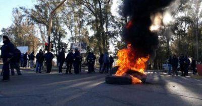 Conciliación obligatoria en el conflicto por los 24 despidos en Atanor