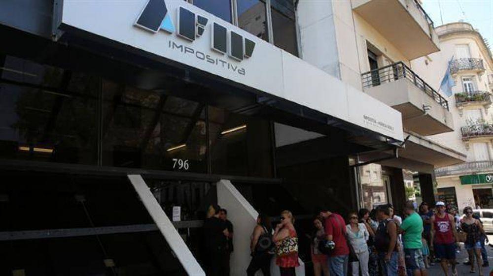 La Justicia y AFIP avanzan contra varios gremios por una red de facturas truchas