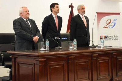 Urtubey participó del acto del 25° aniversario de la Escuela de la Magistratura