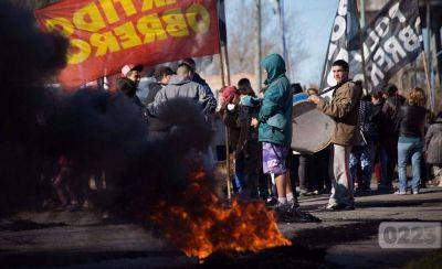 Vecinos de Villa Evita piden reparación de cloacas y la urbanización del barrio