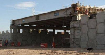 Más de cien despidos en una obra inaugurada el año pasado por Macri