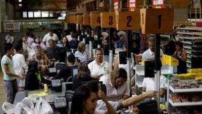 Arrestan a otros dos jueces en Venezuela a horas de un nuevo paro de la oposición