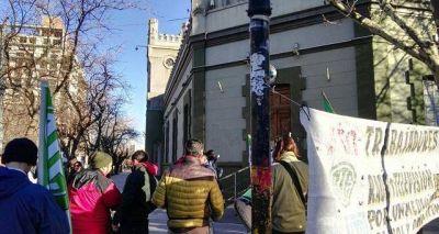 Actualización salarial vuelve a enfrentar a ATE con el gobierno