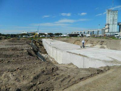 Reiniciaron la construcción del desagüe del Arroyo del Barco