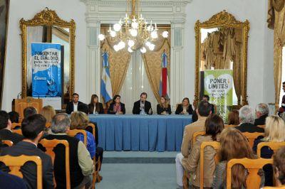 """Bordet y Unicef lanzarán en la provincia la campaña """"Crianza sin violencia"""""""