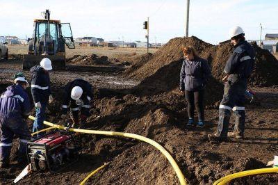 Comenzaron los trabajos de conexión de gas natural para el barrio Los Cisnes