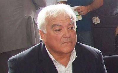 """Carasatorre: """"Viñuales asumirá como concejal y después peleará conmigo para ser presidente del Concejo"""""""