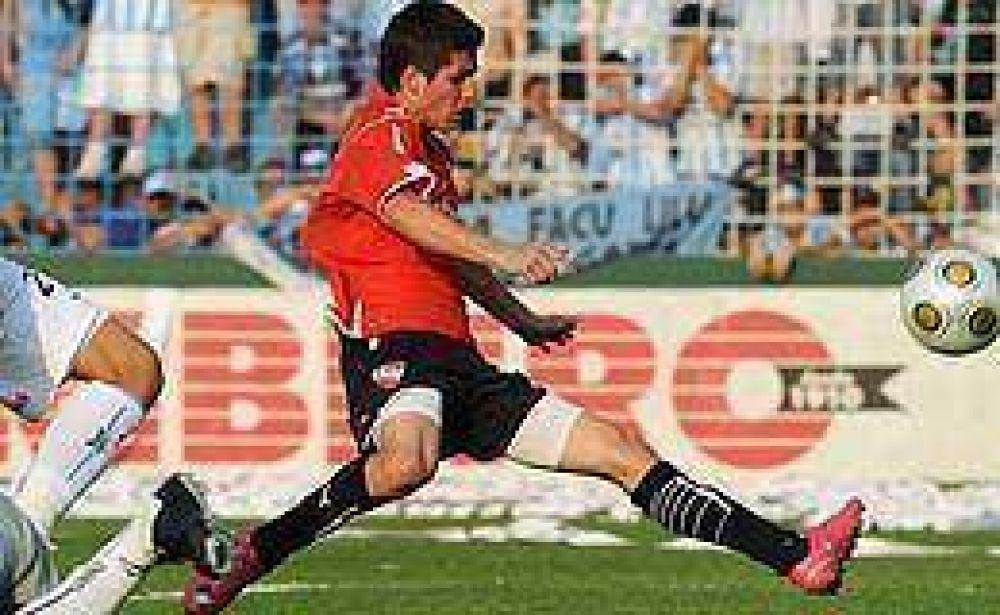 Rodríguez fue suplente y no jugaría ante Vélez