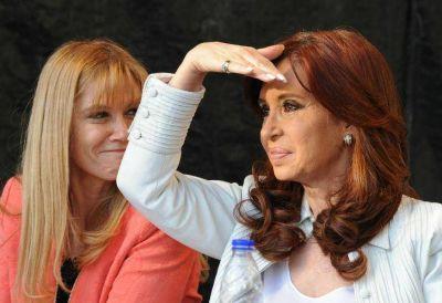 Bonadio quiere desalojar a Cristina si no paga las expensas