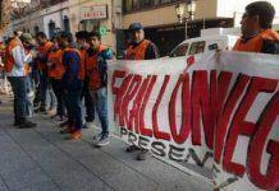 La AOMA protestó por la medida que paralizó 5.000 puestos de trabajo en La Alumbrera