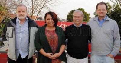 Fuertes críticas de precandidatos contra la gestión de Carlos Arroyo