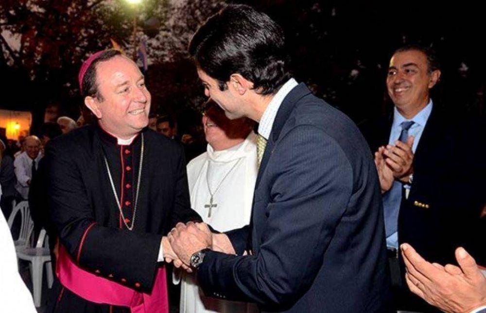 Misteriosa renuncia del obispo de Orán