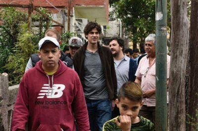 Lousteau recorrió Saavedra preocupado por la inseguridad