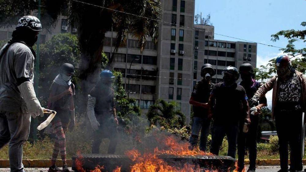 En un día sangriento, el chavismo impuso su polémica Constituyente