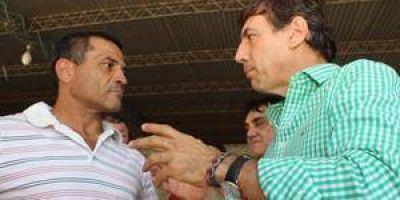 Naidenoff se solidarizó con Hugo Lezcano, detenido por un cartel