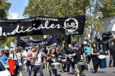 Judiciales bonaerenses comienzan la semana con un paro y no descartan más medidas de fuerza