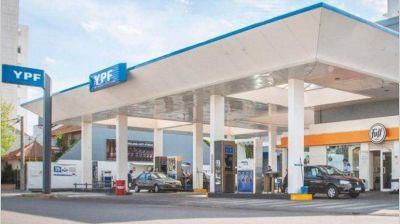 Un aumento en las naftas, otra amenaza preelectoral por culpa de la suba del dólar