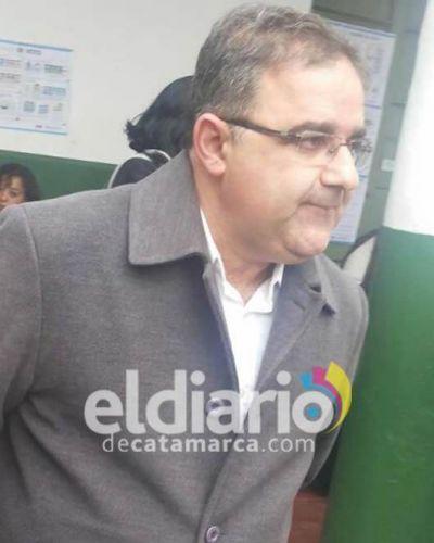 Denuncian que  Raúl Jalil motiva las usurpaciones para que la comuna compre los terrenos