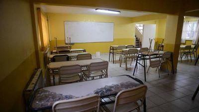 Crisis en Santa Cruz: el Gobierno suspendió la reunión paritaria y todavía no empiezan las clases