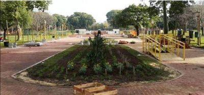 Parque Chacabuco: sin bar y con espacio verde en recuperación