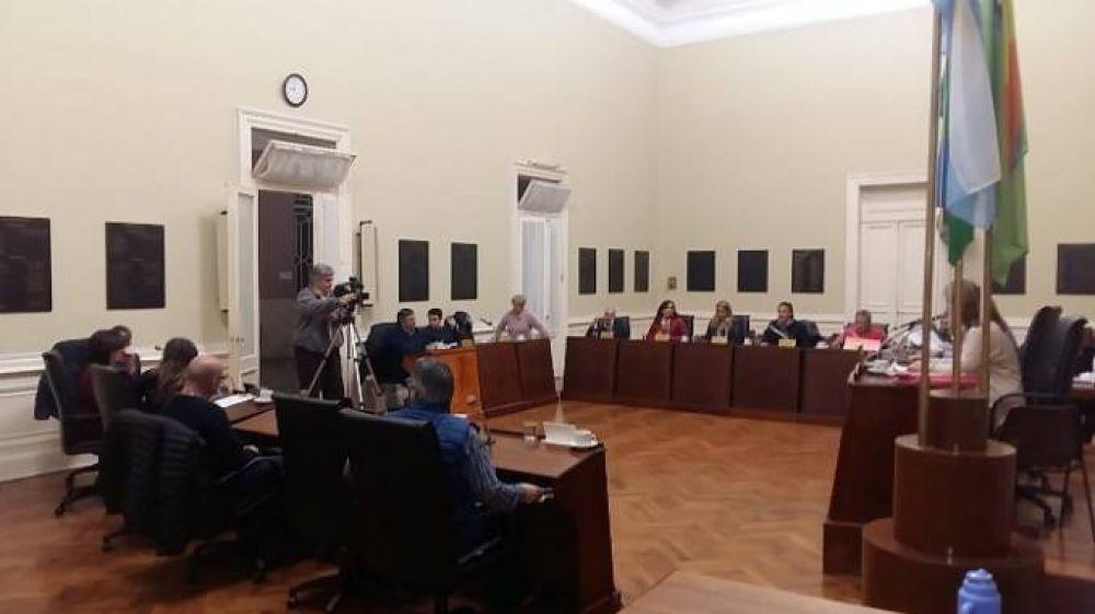 HCD: se aprobó ordenanza que prohíbe la venta y utilización de la pirotecnia estruendosa