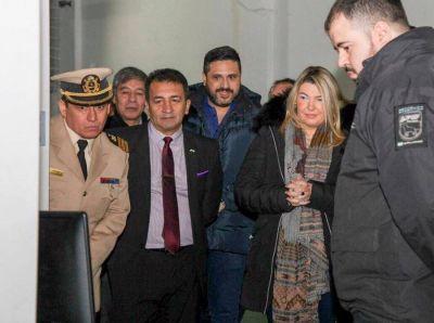 La Gobernadora presentó el nuevo escáner del Puerto de Ushuaia