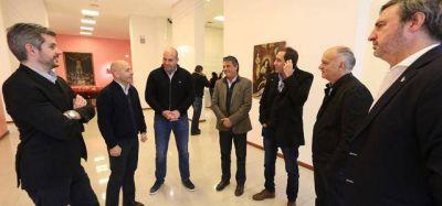 En Lanús, Peña se reunió con intendentes de Cambiemos
