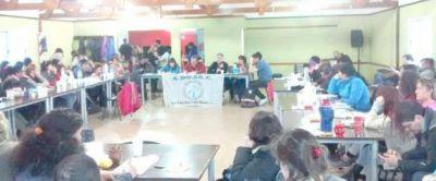 Nación realizará una nueva propuesta salarial a docentes, aunque insiste con el retorno a clases