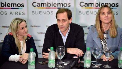 El intendente Garro se subió a la campaña de Cambiemos junto a Gladys González