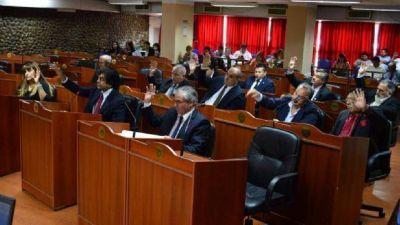 """Cruce en el Senado por las supuestas """"dádivas"""" de Desarrollo Social"""