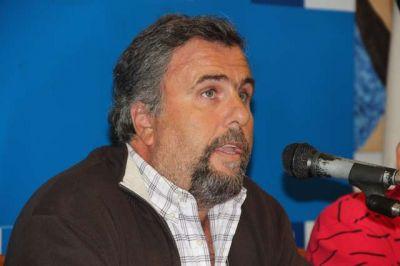 Acusan a Weretilneck y Macri de querer entregarle el cerro a Capsa medio siglo más