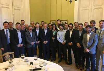 "Macri reunió a candidatos bonaerenses y dijo que hay ""empate técnico"" en Provincia"