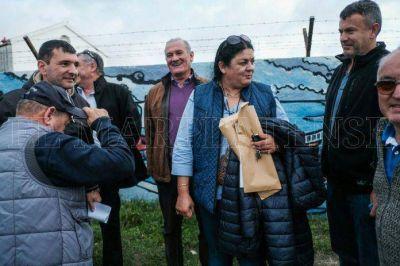 Puerto: ministros llegan a la ciudad para asistir a los trabajadores