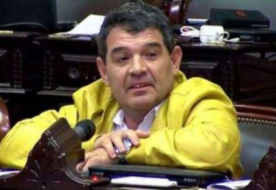 Olmedo dijo que el SIDA se puede contagiar en peluquerías: conocé su nuevo proyecto