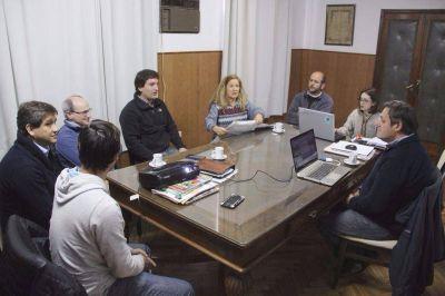 En Lobería planifican obras hídricas para recuperar tierras productivas