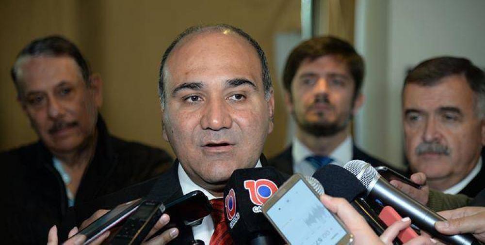 Manzur criticó el reparto de ayudas sociales