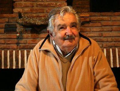 La suspensión del Mercosur hace crujir al gobierno uruguayo