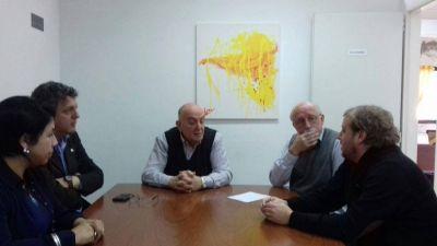 Maraude se reunió con los Defensores del Pueblo