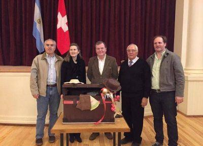 El diputado Santiago junto a la cónsul suiza Margrith Lederman Prestofelippo