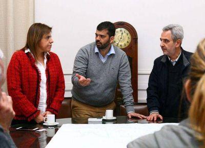 Sandra Paris recorrió la obra del canal aliviador Florencio Sánchez en Pergamino