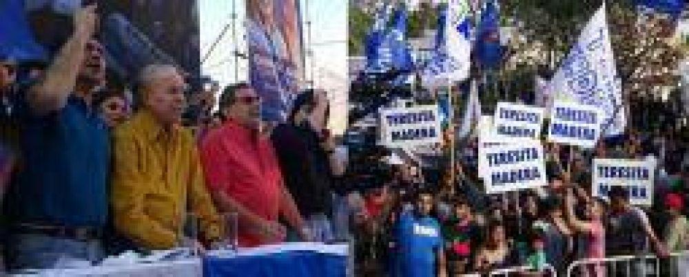 """El PJ riojano llamó a rechazar la """"proscripción"""" de Menem en las urnas"""