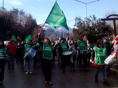 El paro continúa y los municipales seguirán con las movilizaciones