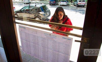 Con poco clima electoral, los candidatos (y algunos otros) hacen sus últimas jugadas