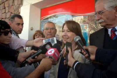Escudero prendió el ventilador en el cierre de la campaña: