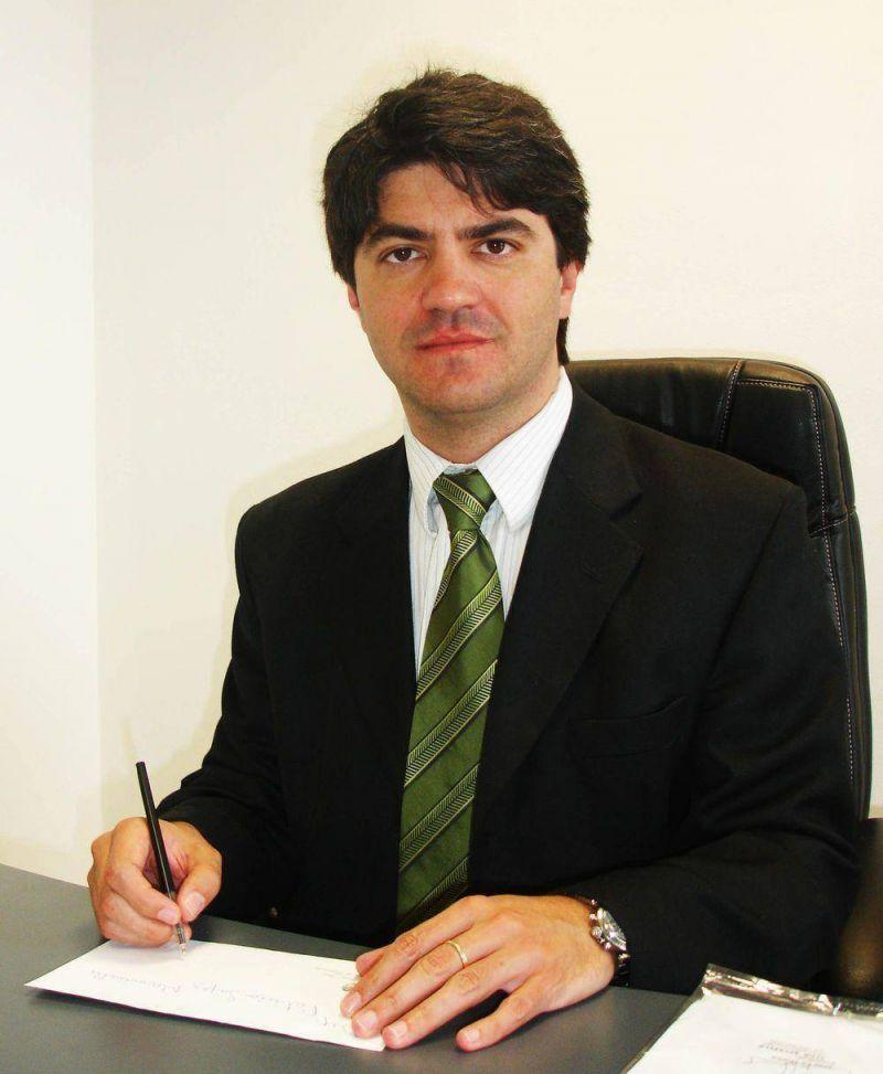 López Mancinelli votó en contra de la suba de impuestos pero con su presencia garantizó el quórum